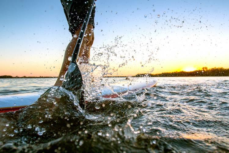 lake las vegas paddleboarding